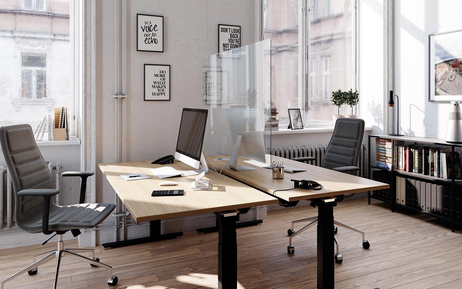Trennwand zweier Büroarbeitsplätze